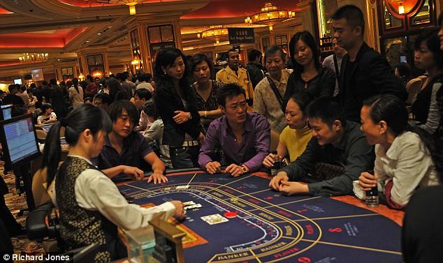 macau gamblers